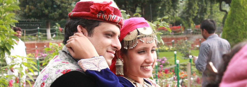 Couple in Mughal Gardens